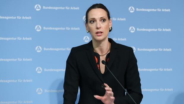 Bundesagentur für Arbeit: Vorstandsmitglied Holsboer muss gehen