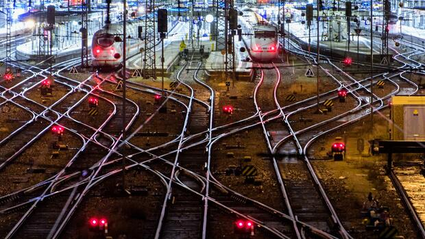 """Nach """"Friederike"""": Bahn will mehr Geld in Sturmsicherheit investieren"""