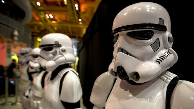 Verkleidete Verkäufer Star Wars Storm Troops Quelle: REUTERS