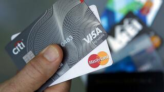 Kreditkarten-Firmen: Visa und Mastercard bieten EU-Aufsehern Gebührensenkung an
