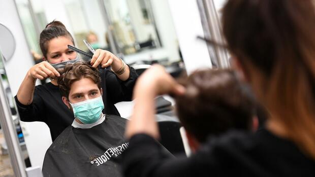 Wann öffnen Friseure Wieder