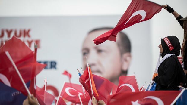 Kritik an Geldpolitik - Erdogan: Geduld mit Zentralbank ist begrenzt