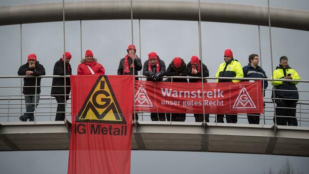 Metall-Tarifrunde in Baden-Württemberg Arbeitgeber erwarten keine baldige Einigung