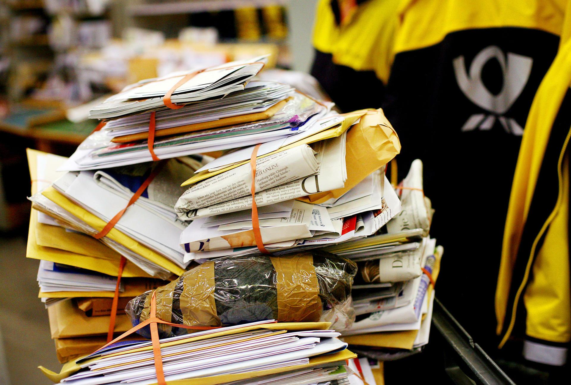 Datenvermittlung Deutsche Post Unterschützt Us Behörden