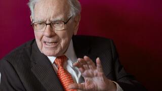 Anleihen sind out: Worauf Warren Buffett gerade bei der Geldanlage setzt