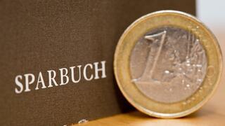 Weltspartag im Zinstief: In Deutschland wird klassisch gespart
