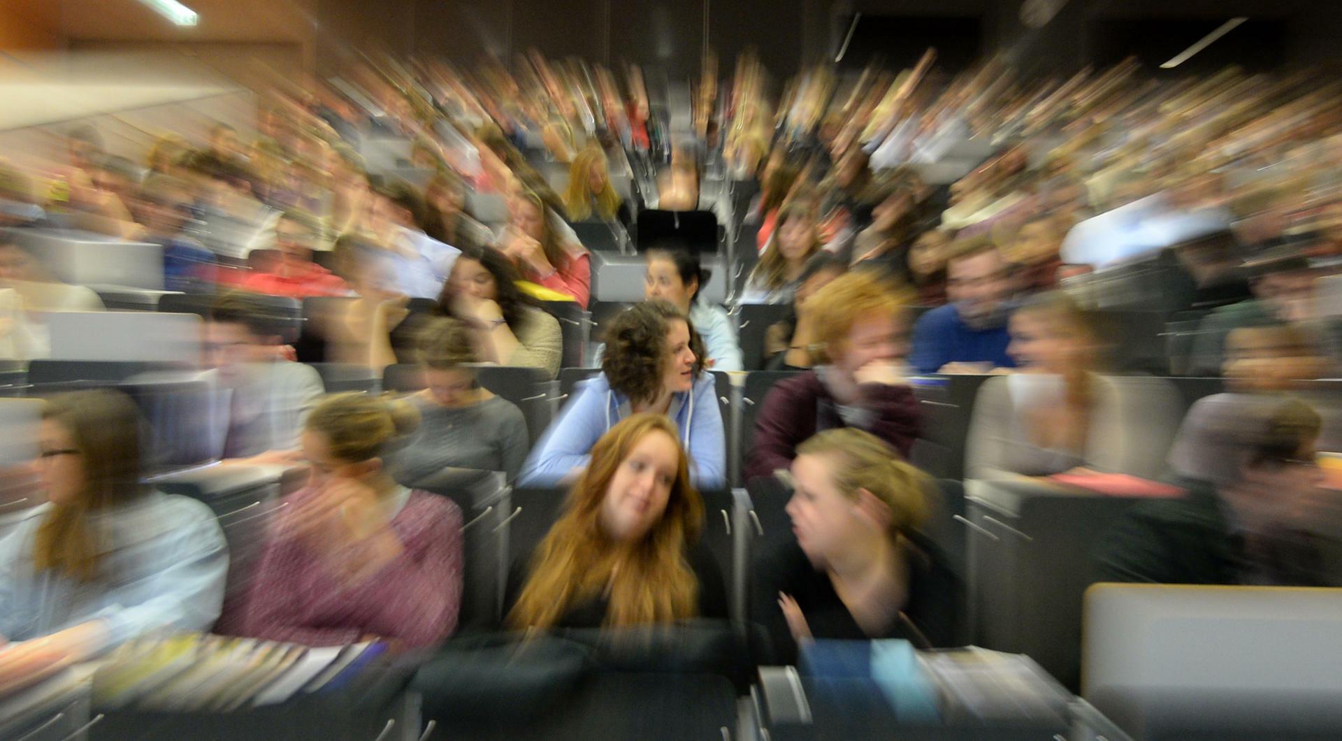 Großzügig Doc Lebenslaufformat Für Erstsemester Bilder - Entry Level ...