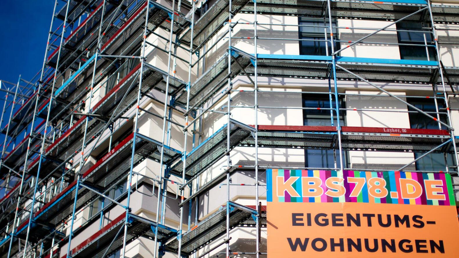 euro krise immobilien sanieren oder kaufen. Black Bedroom Furniture Sets. Home Design Ideas