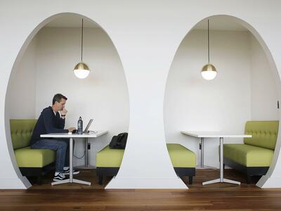 Schönes Büro: Warum ein angenehmer Arbeitsplatz so wichtig ist